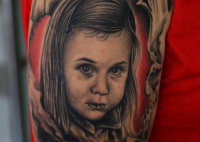 girl portrait tattoo,tatuaj portret fata