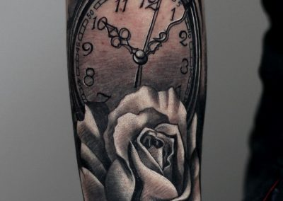 tatuaje ceas,tatuaj trandafir,rose tattoo,watch tattoo