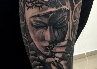 virgin mary tattoo,tatuaj fecioara maria