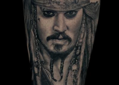 jack-sparrow-tattoo,piratii-din-caraibe-tatuajj